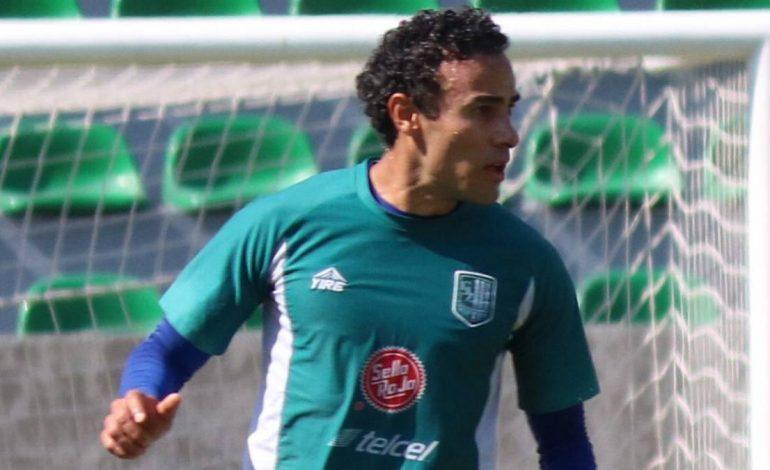 Veracruz anuncia el retorno de defensa Leobardo López