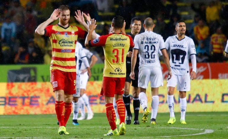 Morelia le pega 2-0 a Pumas