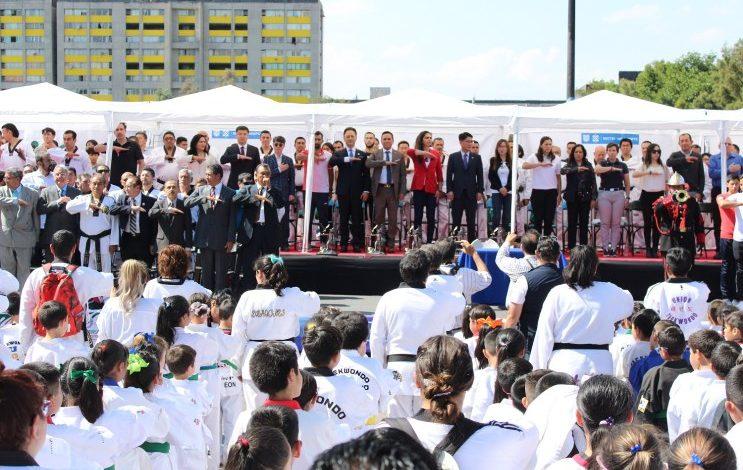 Se conmemoran 50 años de la llegada del taekwondo a México