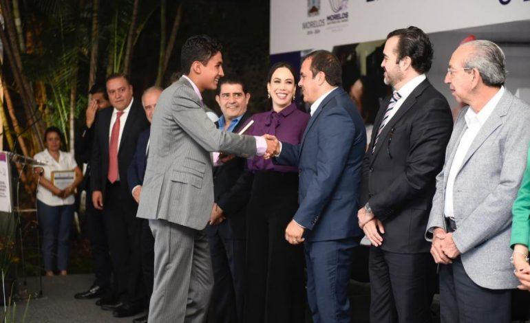 Entrega Cuauhtémoc Blanco el Premio Estatal del Deporte 2019