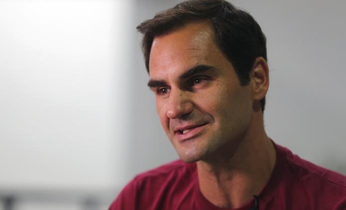 Federer compite sin pensar en los récords