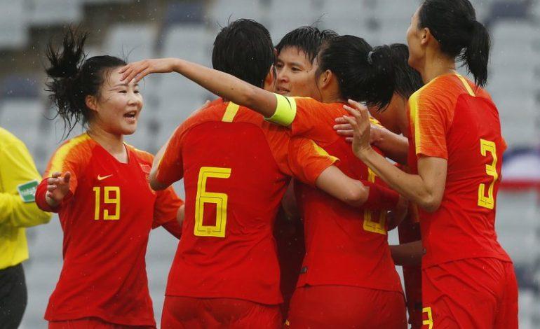 Tras cuarentena por coronavirus, China golea 6-1 a Tailandia