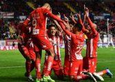 Necaxa rescata el invicto en el último suspiro, el campeón Monterrey aun no gana