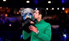 Djokovic reina por octava vez en Australia y recupera el número 1