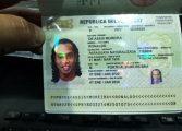Detienen a Ronaldinho por portación de pasaporte falso