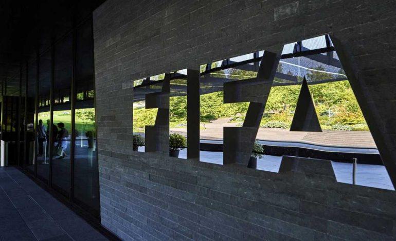 FIFA dará acceso gratuito a 30 partidos históricos por coronavirus