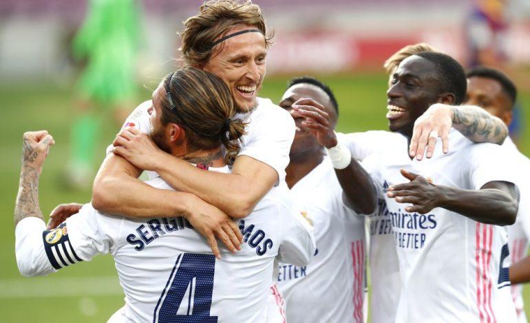 Real Madrid vence 3-1 sobre Barcelona y se sacude la presión