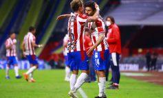 "A ""Chicotazos"" Chivas avanza a semifinales"