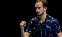 Djokovic y Nadal son derrotados, Thiem y Medvedev avanzan a las finales de Londres