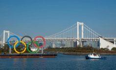 Reinstalan los aros olímpicos en Tokio tras cinco meses en mantenimiento
