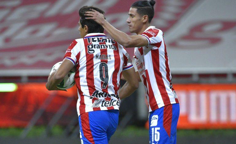 Guadalajara y León empatan en la primera semifinal del Guard1anes 2020