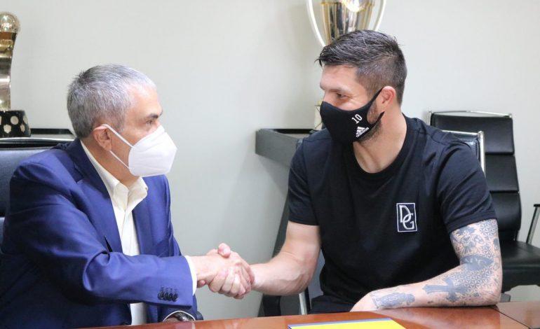 Gignac se quedará 3 años más con Tigres